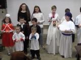 Дети спели Рождественскую песню